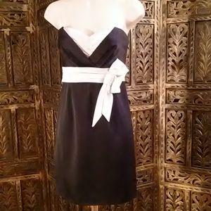 Black & white short dress, size 6